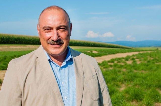 Portraitfoto von Dr. Thomas Eckhardt
